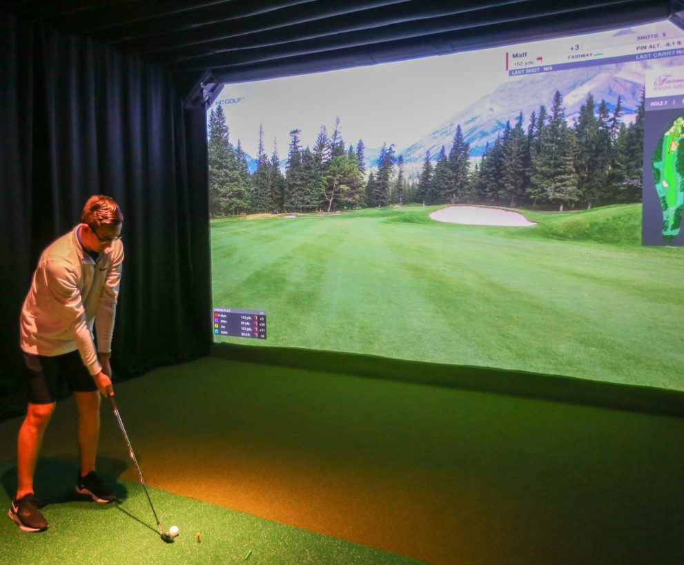 The Health Benefits of Golf Simulators