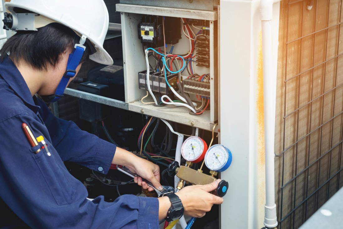 What You Need to Know About an AC's Gas Topping