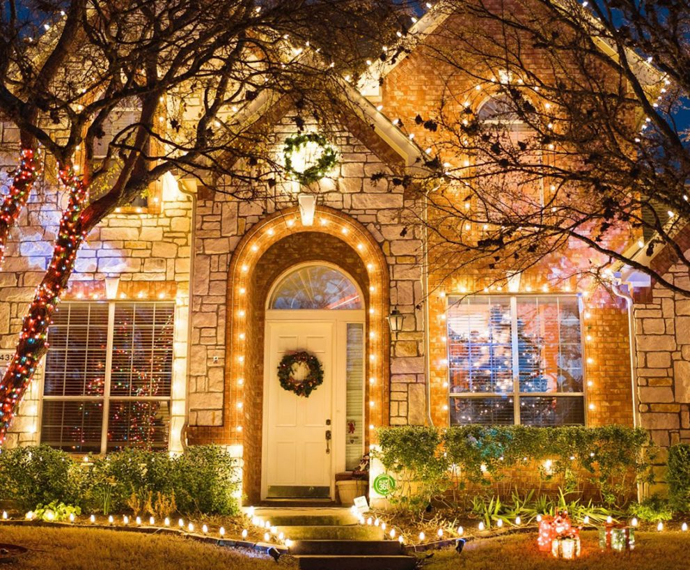 Best Christmas Lighting Tips