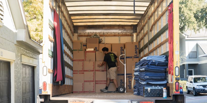 Mistakes to Avoid When Hiring a Moving Company