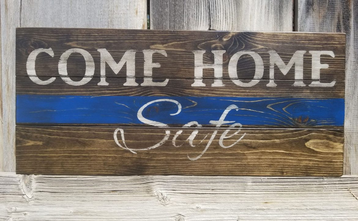 What Makes a Good Antique Sign